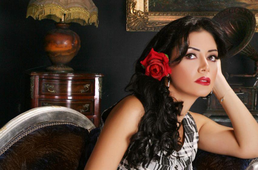 Disk al nojoum Rania youssif