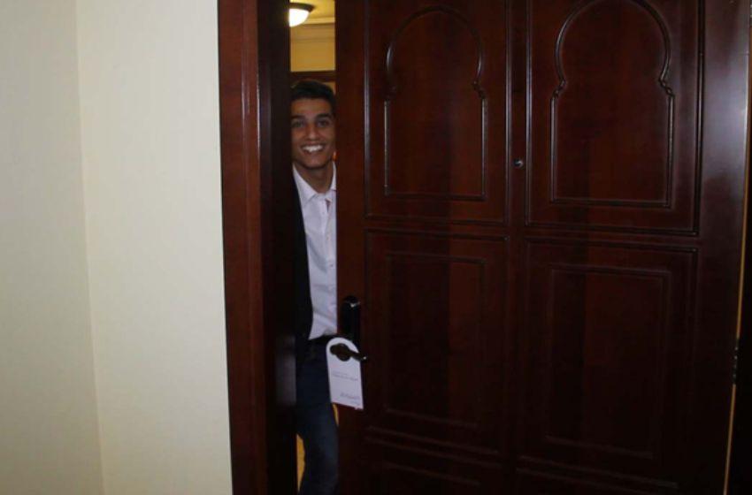 el alleqa2 صور محمد عساف من مطار دبي إلى باب غرفة الفندق
