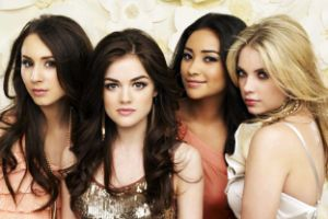 /ar/programs/pretty-little-liars-s3/articles/ثعبان-يهاجم-نجمة-Pretty-Little-Liars---شاهد-ماذا-فعلت.html