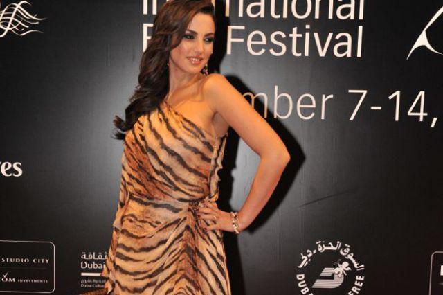 الفنانة التونسية درة في مهرجان دبي السينمائي
