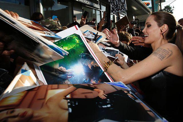أنجلينا جولي صادمة جمهورها: سأعتزل