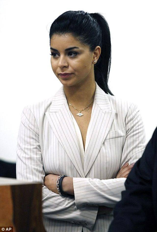 ريما فقيه خلال جلسة المحاكمة