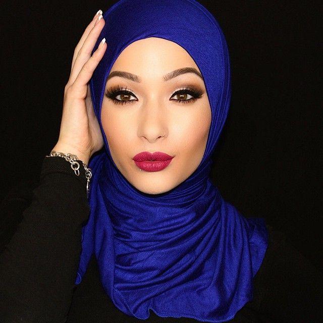 نورا عفيا، هي نصف مغربية، و25% لبنانية و25% سويسرية