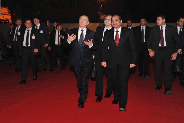 الرئيس المصري عبد الفتاح السيسي و الرئيس الروسي فلاديمير بوتين