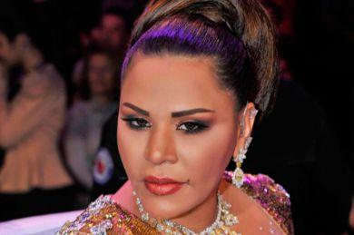 فساتين الفنانات العربيات فاضحة في الإثارة والثمن الباهظ
