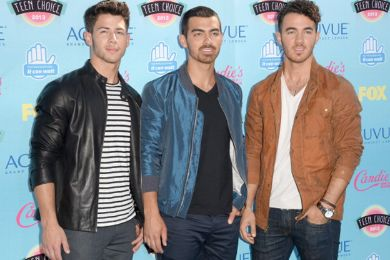 فرقة the jonas brothers