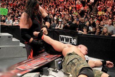 WWE Raw: كين يوجه إهانة مزدوجة لجون سينا.. ومارك هنري يهرب من مواجهته RAW_M