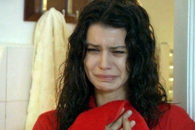 صور بيرين سات تبكي ، صور بكاء فاطمة