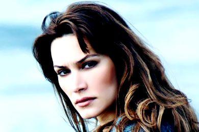 أبطال مسلسل التركي قلبي 2013