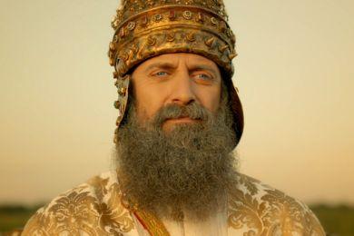 مداعبة أم إهانة شديدة ..معجبون ينشرون صور مسيئة للسلطان سليمان ..شاهد