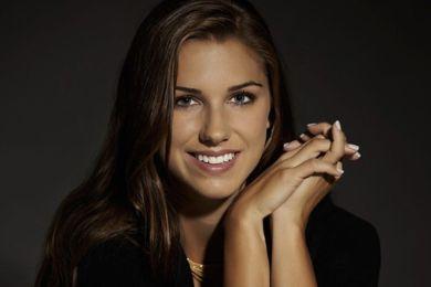 لاعبة أمريكية يتابعها أكثر من 700 ألف شخص بسبب جمالها