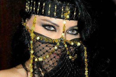 3 نساء عربيات وصلن للعالمية بجمالهنّ والصحف الأجنبية تغزلت بهن