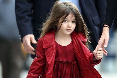 بالصور.. ابنة توم كروز تتربع على عرش أناقة أطفال المشاهير %D9%83%D8%B1%D9%88%D8%B2_XL