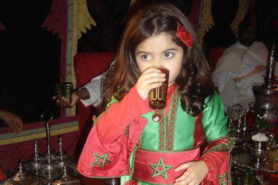 أصغر معجبة بكاظم الساهر تفوز بأجمل صورة المغرب 33.jpg