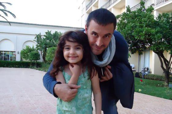 أصغر معجبة بكاظم الساهر تفوز بأجمل صورة المغرب main.jpg