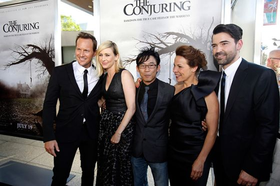 Conjuring-Premiere-1