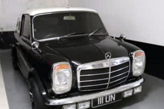 1-of-1-Mini-Benz_1