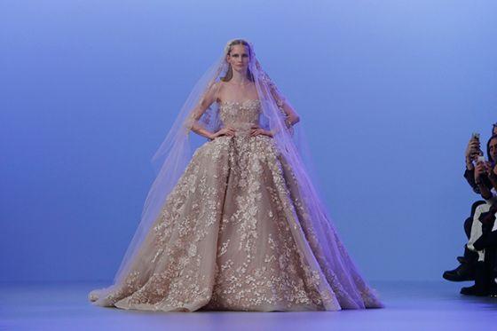 صور فساتين زفاف النجمة اللبنانية اليسا تصميم ايلى صعب