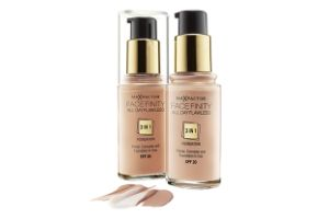 the FaceFinity All Day Flawless 3in 1 foundation