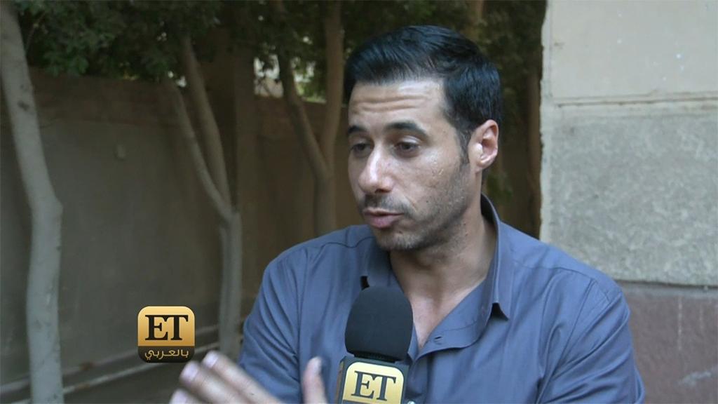 احمد السعدني يكذب الشائعات حول تدهور حالة والده صلاح السعدني