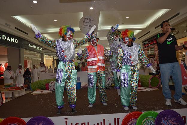 صور.. فعاليات مهرجان الإحساء للتسوق والترفيه