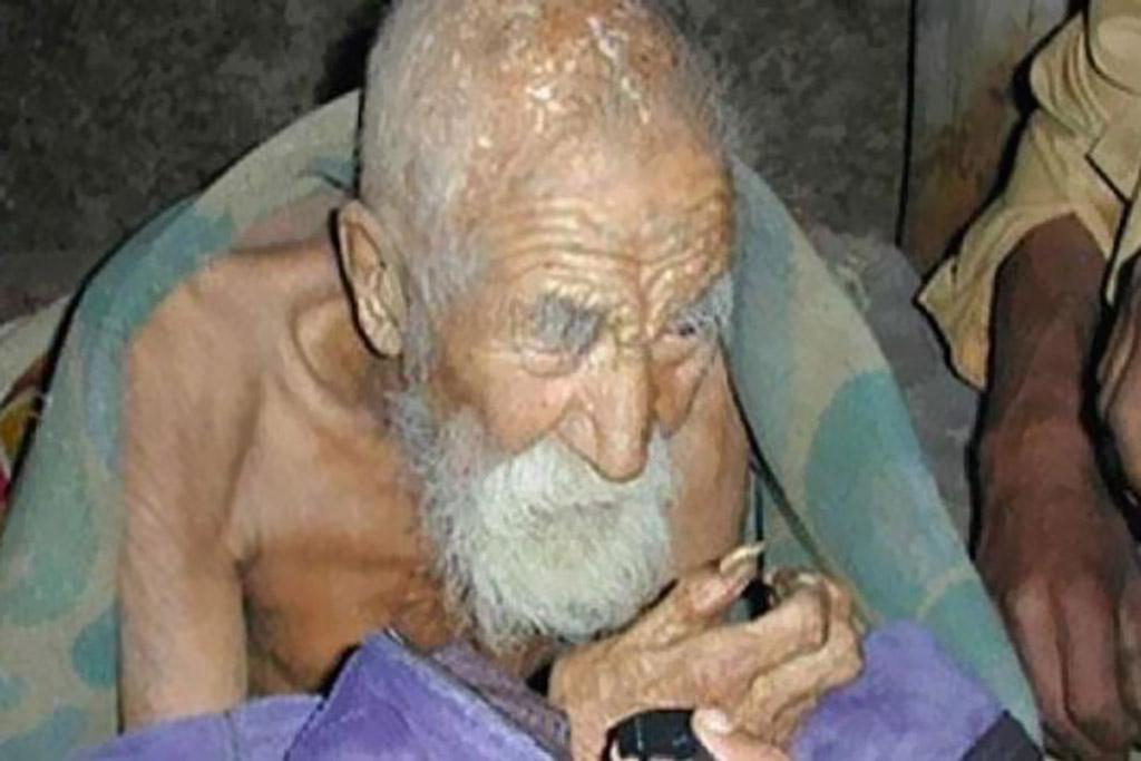 صورة لعجوز من مواليد عام 1835 تثير الجدل على الإنترنت