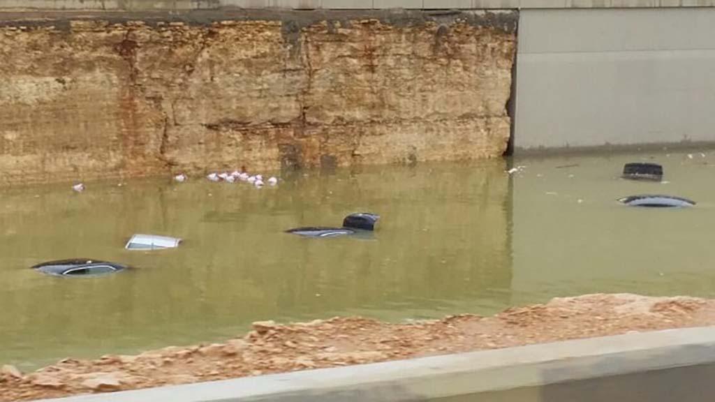 """تعرف على اهم الطرق المغلقة في """"الرياض"""" بسبب هطول الأمطار"""