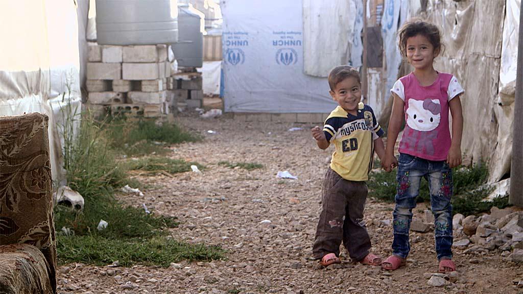 المرجوحة التي أسعدت أطفال سوريا في المخيمات