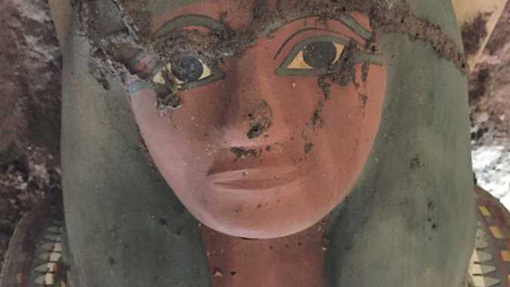 اكتشاف فرعوني جديد في معبد الملك تحتمس الثالث بالأقصر.