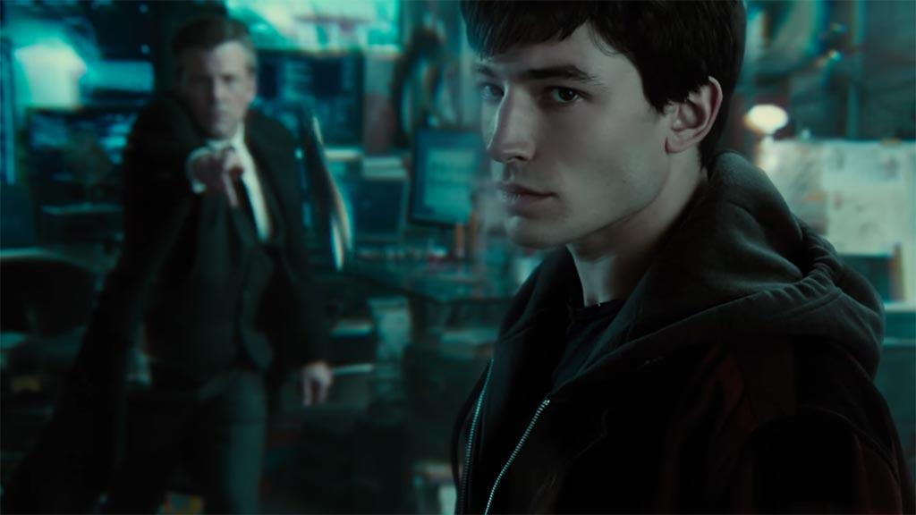 باتمان يبدأ رحلة البحث عن حلفائه الخارقين.. شاهد التريلار الأول لـ Justice League