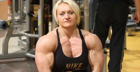 ... photos-bodybuilding-woman-2014-biggest-bodybuilder-female-ever-