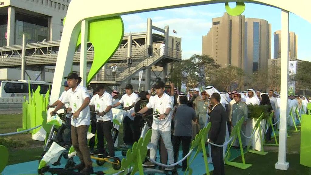 فيديو - دبي تشجع سكانها على قضاء يوم دون سيارة