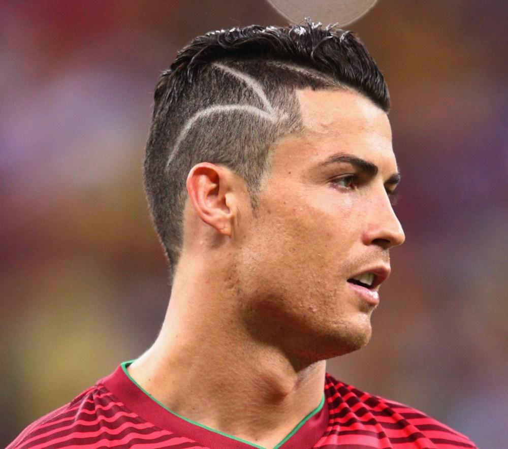 Какая причёска у криштиану роналду