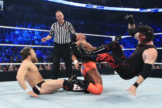 عن WWE Main Event